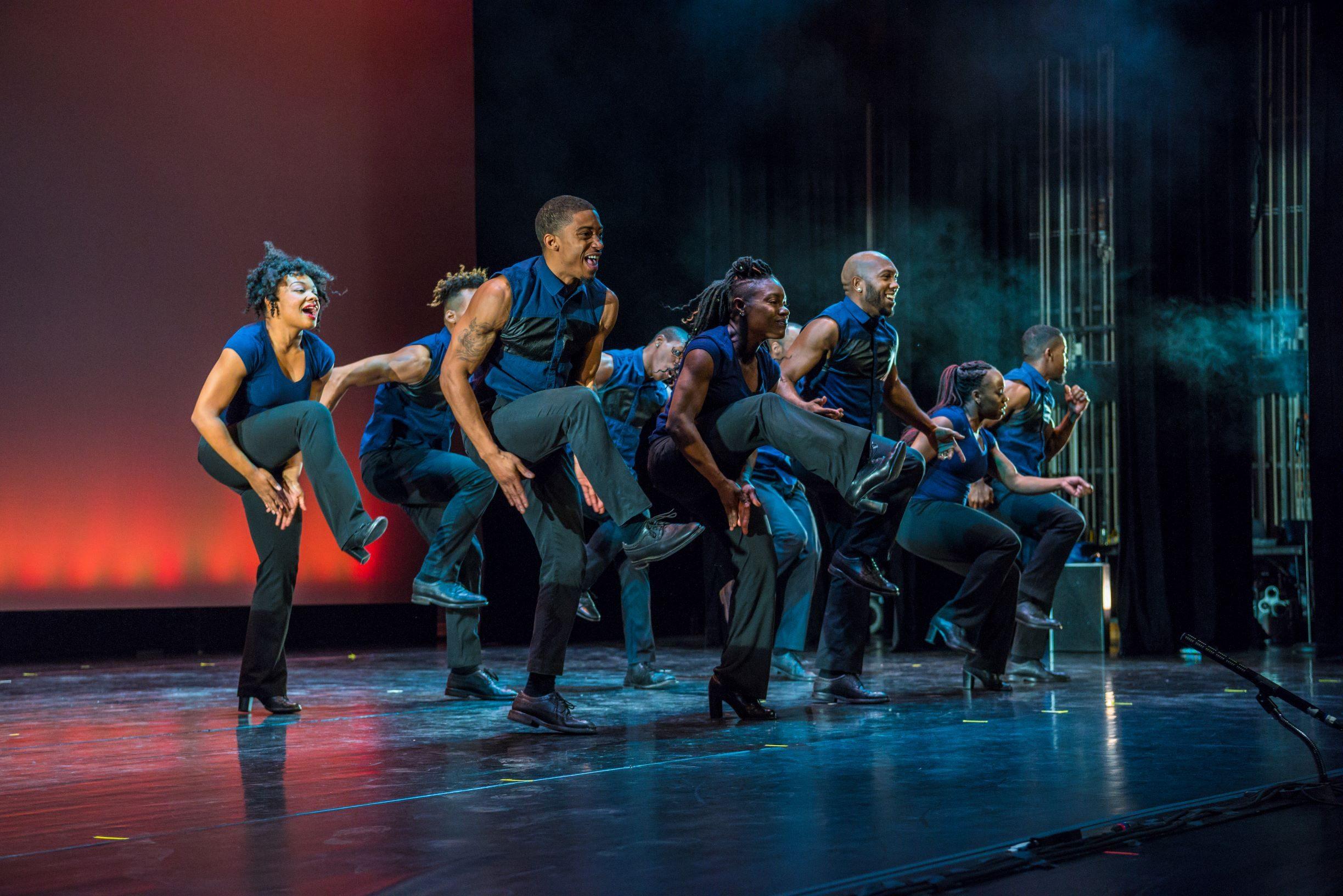 Performers-in-Step-Afrika