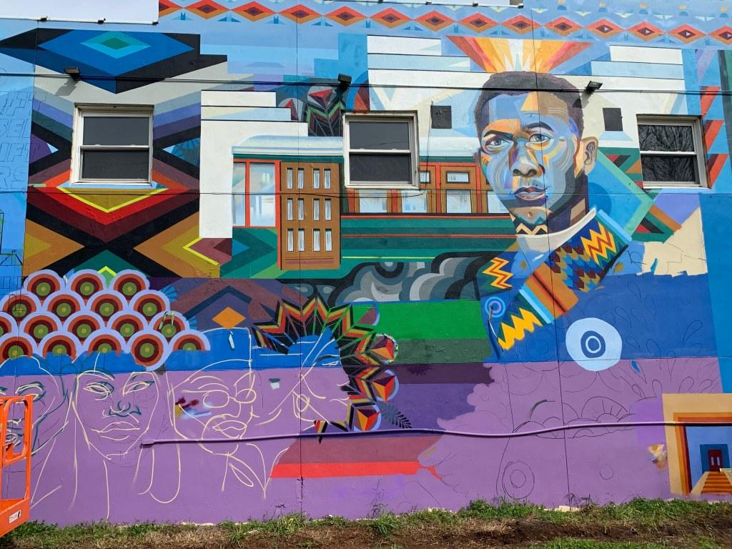 Booker T. mural tells story of Washington Heights - Q City Metro