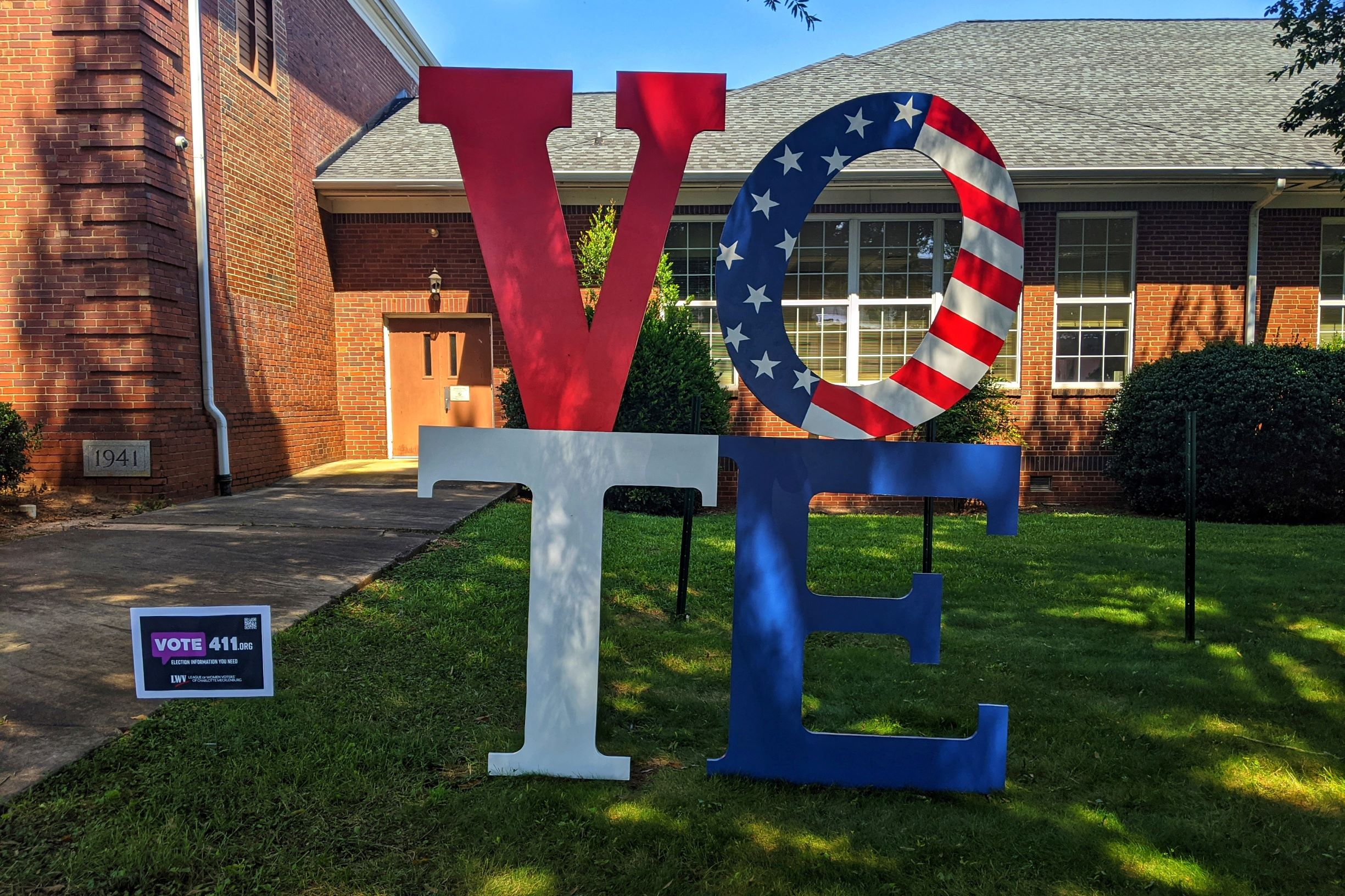 CLT-Vote-yard-art