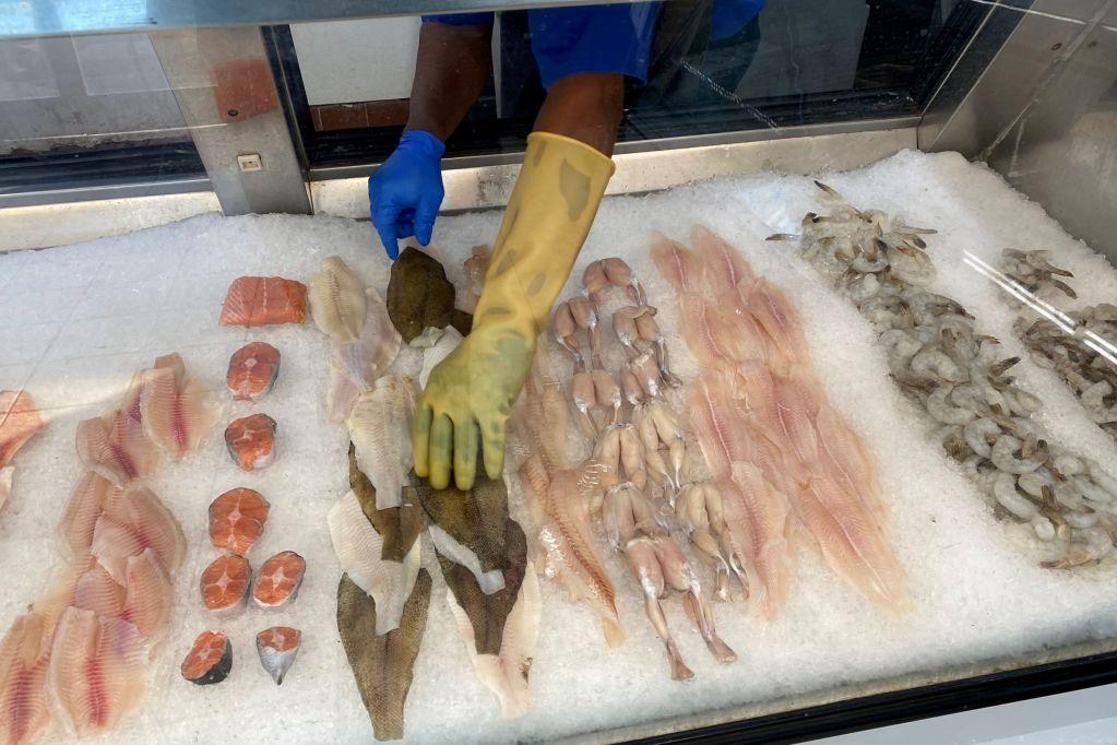 West-End-Fresh-Seafood-Market-3
